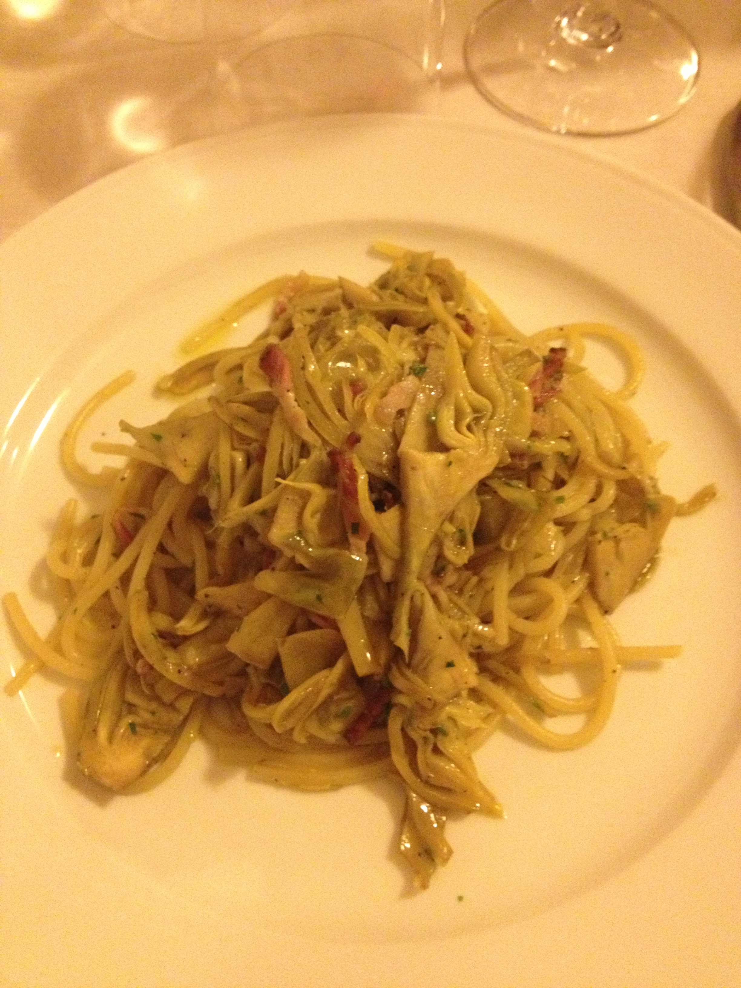 Spaghetti with Artichokes at Buca dell'Orafo