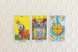 Tarot Card obsession Jaclyn DeGiorgio A Signorina in MIlan